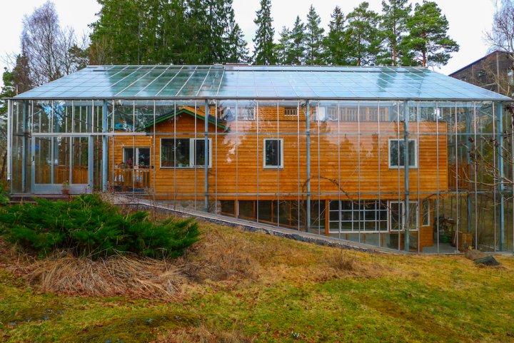 En Suède, la maison naturelle fait pousser fruits et légumes